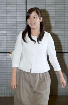 佳子さま:ホームステイ先の米国から帰国