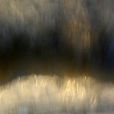 'a perceptual distortion' (2008) by Australian art photographer Louise Mann. via the artist on flickr