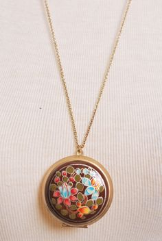 Field of Dreams Necklace >> This locket is so very pretty!