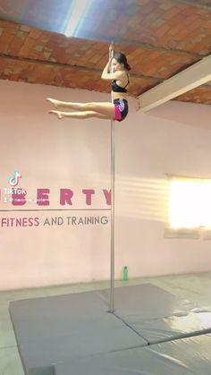 Pole Dance Moves, Pole Dancing, Angel Dust, Flexibility Workout, Pole Fitness, Son Luna, Teen Vogue, Sports Art, Sporty Style