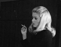 Catherine Deneuve on the set of Belle de Jour... - LA BELLE DENEUVE
