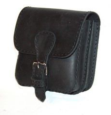 Fekete bőr övtáska, dupla fakkos, csatos, kisebb - leather belt bag Leather Belt Bag, Saddle Bags, Fashion, Moda, Fashion Styles, Fashion Illustrations