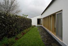 Design latino e arquitetura luso-brasileira são temas de mostras no MCB - Casa e Decoração - UOL Mulher
