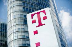 U Hrvatskom Telekomu je, u okviru transformacijskog procesa započetog početkom ove godine, utvrđen višak radnika te kompanija namjerava otkazati ugovore o radu iz poslovno uvjetovanih razloga za oko 160 radnika