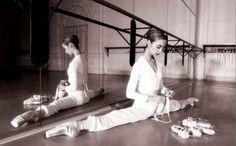 Missy Copeland Ballerina | perfect split..