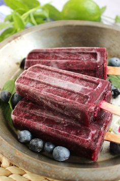 Blueberry Mojito Popsicles - Healthy and easy to make....the perfect treat to beat the heat!