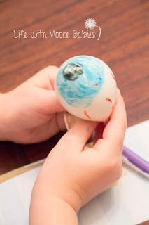 learning about the human eye - balloon eyeball from Life with Moore Babies