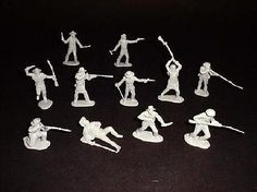 Classic Toy Soldiers Alamo Texan Defenders (12) -- Plastic Model Military Figure -- 1/32 Scale -- #111