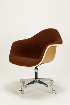 Charles Eames Office Chair on Rare castors