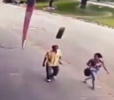 InfoNavWeb                       Informação, Notícias,Videos, Diversão, Games e Tecnologia.  : Homem atingido por pneu em MG segue internado