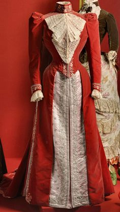 Dress of Empress Maria Feodorovna, House of Worth, Paris, ca. 1890, State Hermitage Museum                                                                                                                                                                                 More