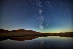 """《与天上 落人间》Between the earth and the sky . """"Bashang"""" is located in the Inner Mongolia and Hebei Province bordering place here the second time I saw the Milky Way, it quietly connection hung in the sky, like a thin line connecting Earth"""
