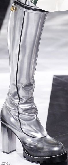 Louis Vuitton Fall 2016 RTW