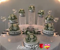 Cupcake Tower Wedding, Quinceanera Cakes, Wedding 2017, Buttercream Cake, Wedding Cakes, Special Occasion, Table Decorations, Party, Buttercream Ruffles