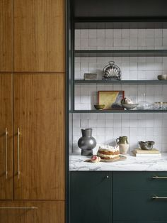 An Addition to a 1940s Home in Sydney Amplifies Its Connection to the Outdoors #dwell #homeaddition #australia #moderndesign #backsplash Types Of Kitchen Cabinets, Diy Cabinets, Custom Cabinets, Kitchen Reno, Kitchen Ideas, Pantry Ideas, Kitchen Remodel, Kitchen Tile, Kitchen Inspiration