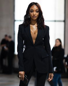 NEW MODEL LOOK Street style outfit ootd fashion style models style beautiful girls Business Professional Outfits, Business Casual Outfits, Classy Outfits, Girl Outfits, Cute Outfits, Casual Professional, Professional Wardrobe, Business Attire, Smart Casual