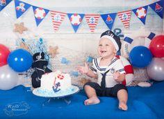 Curitiba, Kelli Homeniuk, Ensaio de bebê, 11 meses, 1 aninho, pré aniversário, bolo big Cupcake, Smash The Cake, Cake Smash, bolo, externo, menino, marinheirinho, marinheiro, urso marinheiro, azul, vermelho,  (41)9729-6585 ©Kelli Homeniuk - Fotografia Profissional
