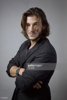 actor-gaspard-ulliel-is-photographed-on-september-6-2009-in-toronto-picture-id177453912 (683×1024)