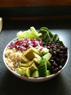 Veggie Bowl    Iceberg lettuce, baby spinach, red onion, brown rice, avocado, cucumber, black beans, lemon juice, pepper and cumin