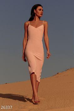 Нежное платье-комбинация