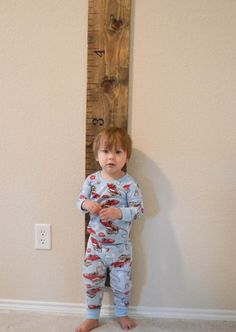 DIY Height Ruler For Your Kid and you can take it with you when you move! Also love the way it looks.