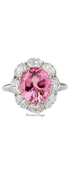 Rosamaria G Frangini | High Pink Jewellery | 5.61 Carats Untreated Padparadscha Sapphire Diamond Gold Ring |