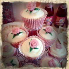 Babyshower cupcakes roses