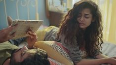 Little Things Season 2 - Netflix New Releases Mithila Palkar, Gender Politics, Modern Romance, Netflix Originals, Beautiful Girl Image, Web Series, How To Relieve Stress, Little Things