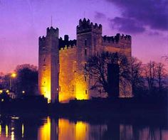 Bunratty Castle & Folk Park, is a large tower house in County Clare, Ireland. It lies in the centre of Bunratty village (Irish: Bun Ráite), by the N18 road between Limerick & Ennis, Ennis being my mother-in-law's birthplace/home..