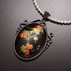 Japanese urushi painting on onyx necklace with by KAZNESQ on Etsy