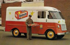 The Holsum Bread Truck Big Chevy Trucks, Old Trucks, Mobile Fashion Truck, Diesel Brothers, Old American Cars, Utility Truck, Step Van, Shop Truck, Pt Cruiser