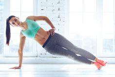毎日体幹を鍛えることで、体が引き締まり理想的な体型に近づくだけでなく、姿勢も良くなって体が疲れにくくなる効果もあるのだとか。今回は、身体を引き締めるためのおすすめ体幹トレーニングを5つご紹介します。