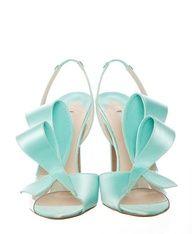 Tiffany Blue #celebstylewed #weddings @celebstylewed
