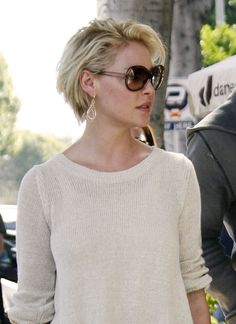Katherine Heigl sports a new 'do - LouLou