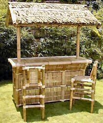 Tiki home bars are a unique way to decorate an outdoor living space. #outdoor