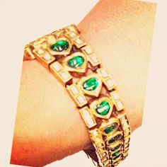 Day twenty-eight: Wore #antique swordlily bracelet with diamonds and emeralds by @Sanna Tamski. #30daysofsparkles #armcandy #armparty #jewel...