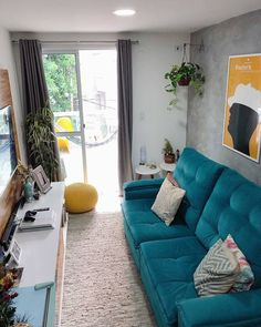 Small Living Room Design, Living Room Designs, Master Bedroom, Bedroom Decor, Small Apartments, Floor Chair, Interior Decorating, House Design, Bananas