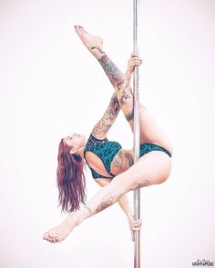 Pole Dance Moves, Pole Dancing Fitness, Pole Fitness, Pool Dance, Stripper Poles, Pole Tricks, Pole Art, Exotic Dance, Aerial Dance
