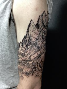 """travelbinge: """" Drew's mountain range is really comin' along. I'm particularly proud of this piece so far. New needles, different inks, new machines, new techniques, all within the past two or three..."""