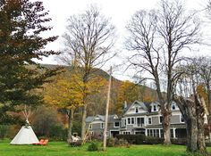 A Hotel Life » Breathe Inn (Catskills w/o the chintz)