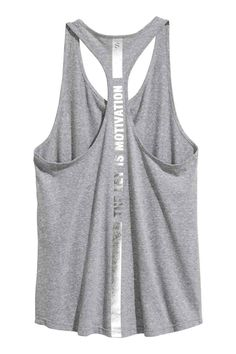 Loose-fitting sports tank top in soft, fast-drying functional fabric with low-cut armholes and a racer back. Summer Swag Outfits, Sport Outfits, Bustiers, Women's Running Shirts, Gym Outfit Men, Bleach T Shirts, Best T Shirt Designs, Sporty Girls, Bodysuit