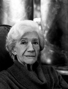 Ana María Matute  (Barcelona, 26 de juliol de 1925 - Barcelona, 25 de juny de 2014)