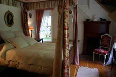 Dormitorio Principal con baldaquino