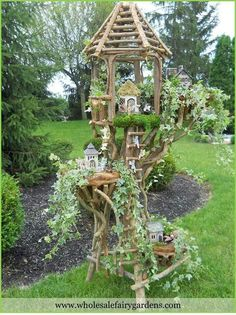 Fairy Tree House, oh I love this! Fairy Tree Houses, Fairy Village, Fairy Garden Houses, Garden Art, Garden Plants, Mini Fairy Garden, Gnome House, Garden Terrarium, Garden Structures