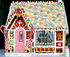 gingerbread house template Its Christmas time and not at all too early to make a fanciful and happy candy decorated gingerbread house to decorate your home or table Gingerbread House Template, Cool Gingerbread Houses, Gingerbread House Designs, Gingerbread House Parties, Gingerbread Village, Gingerbread Decorations, Christmas Gingerbread House, Christmas Houses, Gingerbread Crafts