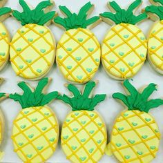 We're on island time this week 🌴🌺🌊🌞 #glutenfree #dairyfree #delicious #sugarcookie #pineapple #its5oclocksomewhere