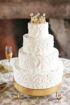 Princess cake: http://www.stylemepretty.com/2015/08/26/elegant-race-religious-wedding/ | Photography: Greer G - http://www.greergattuso.com/