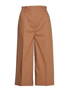 Second Female | Stort utvalg av de seneste nyhetene | Boozt.com Harem Pants, Khaki Pants, Pajama Pants, Cropped Trousers, Pajamas, Female, Inspiration, Shopping, Style