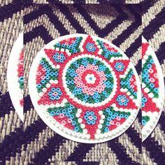 Mandala hama beads by rositamak. Melty Bead Patterns, Hama Beads Patterns, Beading Patterns, Hama Beads Design, Diy Perler Beads, Diy Crafts To Do At Home, Perler Coasters, Pearl Crafts, Peler Beads