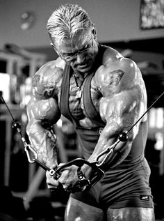 Everyone starts somewhere. I was lucky enough to meet Lee Priest and attend a seminar with him last year. Do you think he was born with dinosaur legs, fitting of the name, Quadzilla? #bodybuilding
